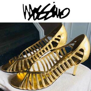 Cutout Fashion Pump👠 Gold Mossimo